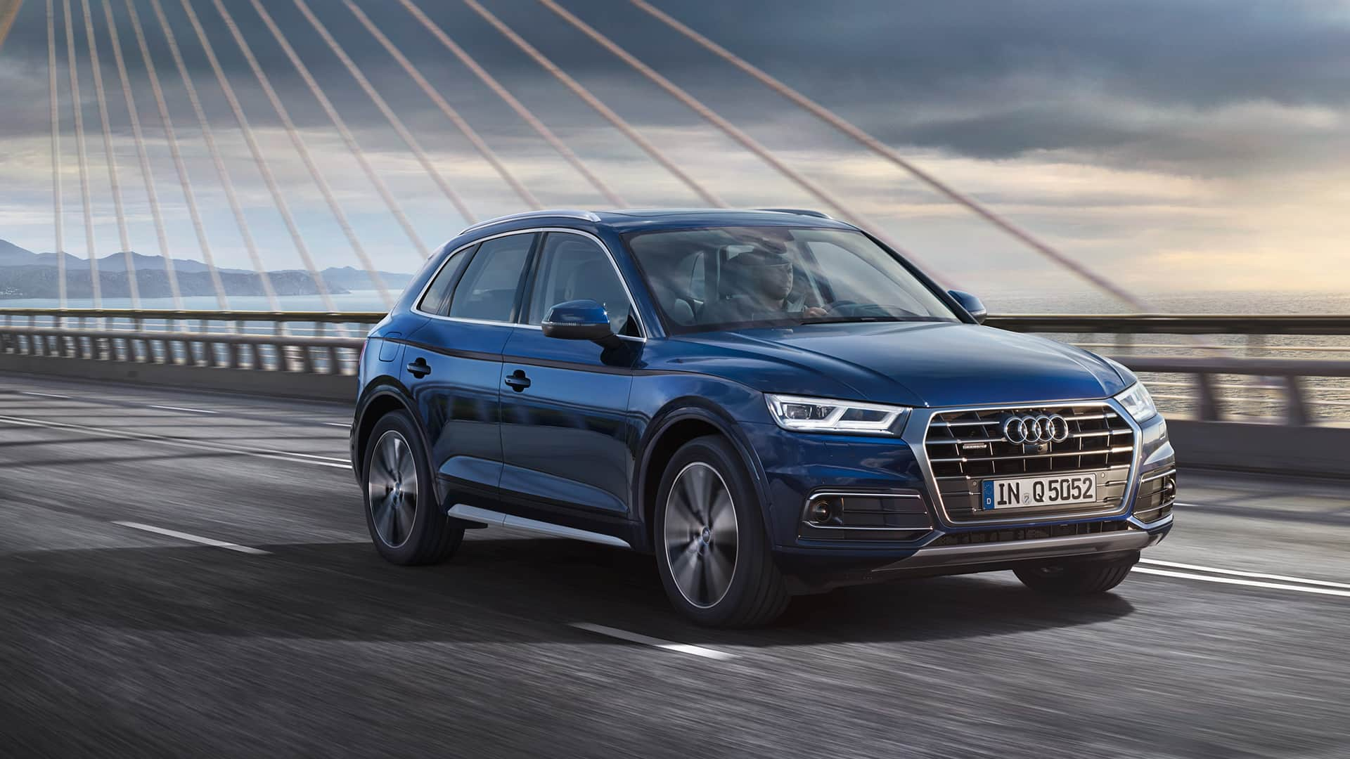 audi q5 luxury crossover suv audi australia audi australia official website luxury. Black Bedroom Furniture Sets. Home Design Ideas